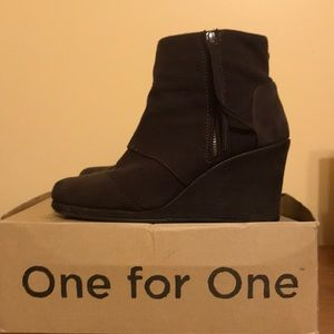 TOMS Brown Felt Wedge Booties